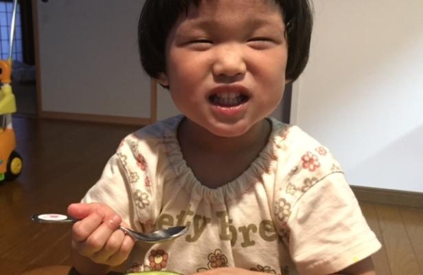 子どもは「ちびメロン」が好き!これなら夢の半玉食べもできます。